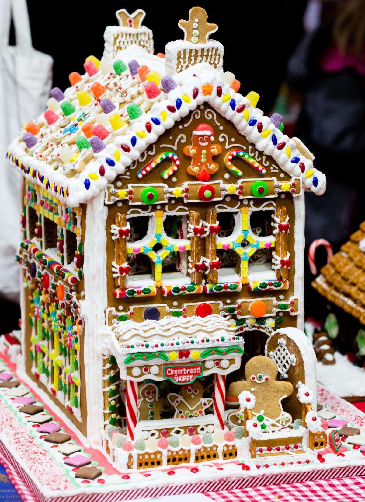 Gingerbread House Ornament Competition